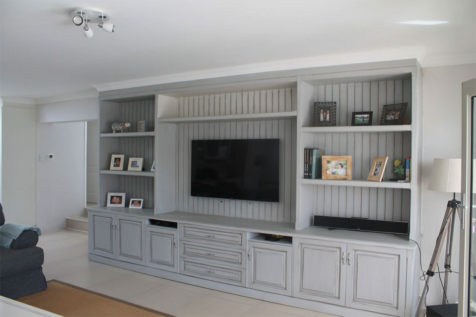 Sherwood Kitchens tv unit