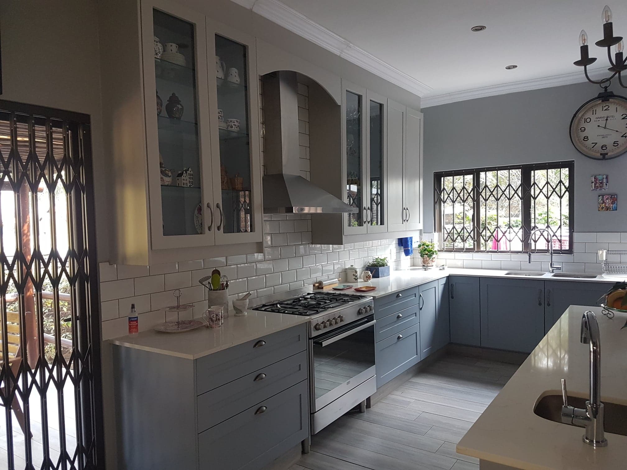 2 tone Painted kitchen in Edenvale